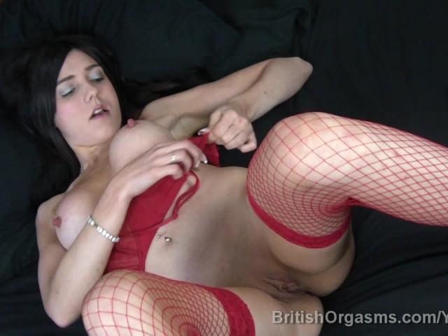 Beauty brunette chick masturbation