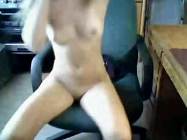 mom-caught-squirting-orgasm