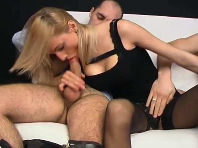 Blonde loves the double-cock experience - Telsev #626586