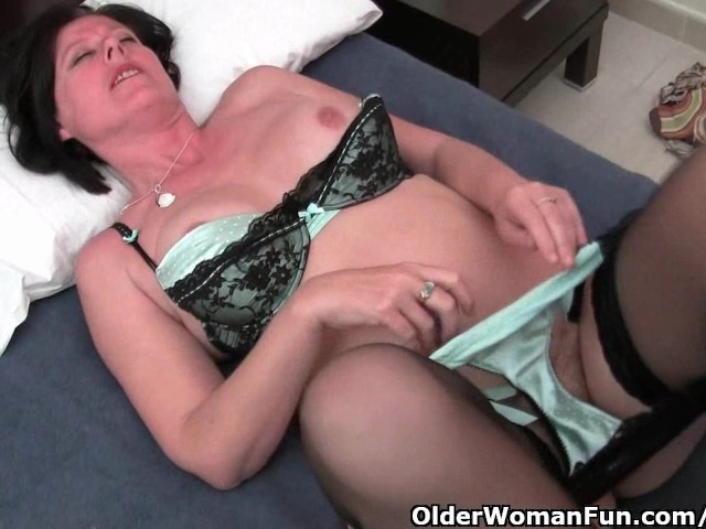 mature-moms-pussy-girls-with-naked-fine-ass