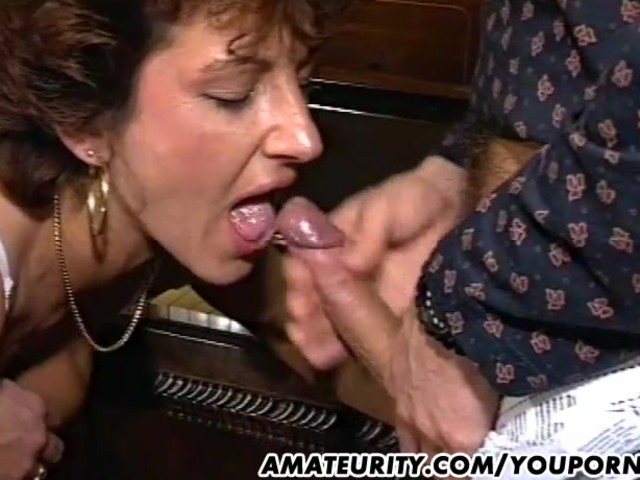 Mature Amateur Wife Homemade Threesome With Cum - Free -8882