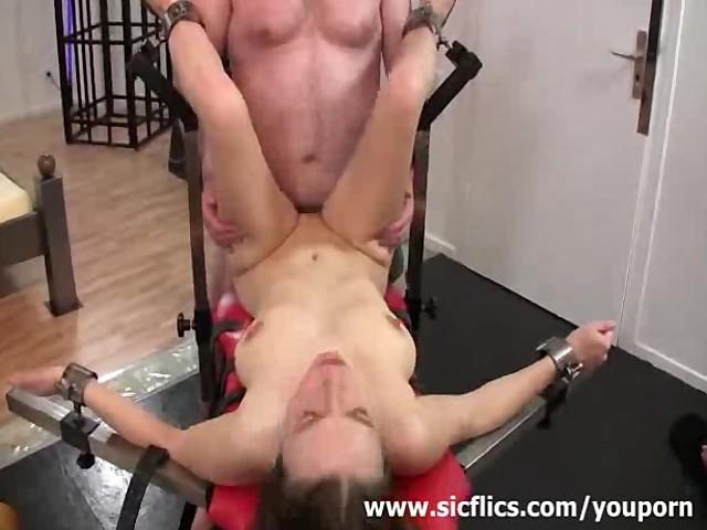 Brunette bbw amature anal