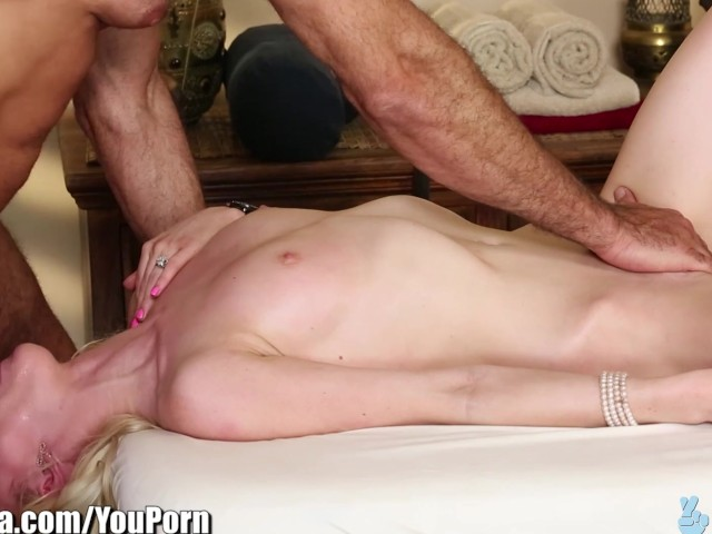 My first time sucking dick-2842