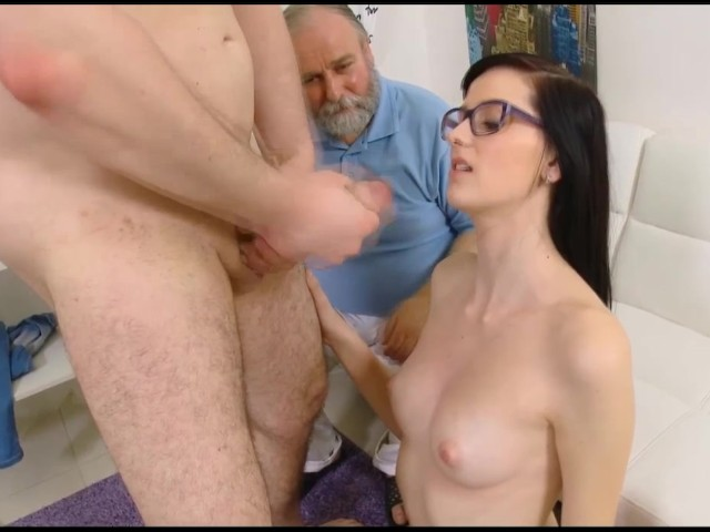 Bisexual Hunk Blowjob By A Hungry Virgin