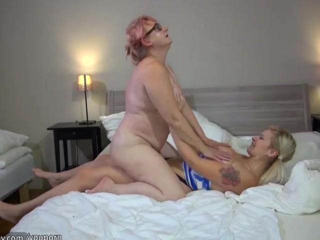 Hots Naked Granny Lesbians Pic