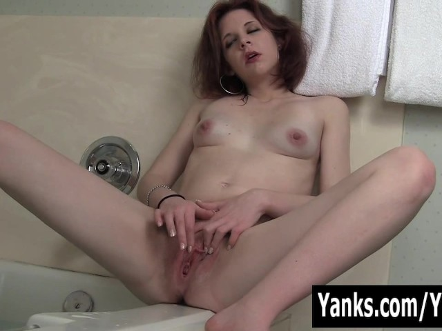 Redhead Vixxxen Playing With Her Clit In Bath Tube - Free -7187