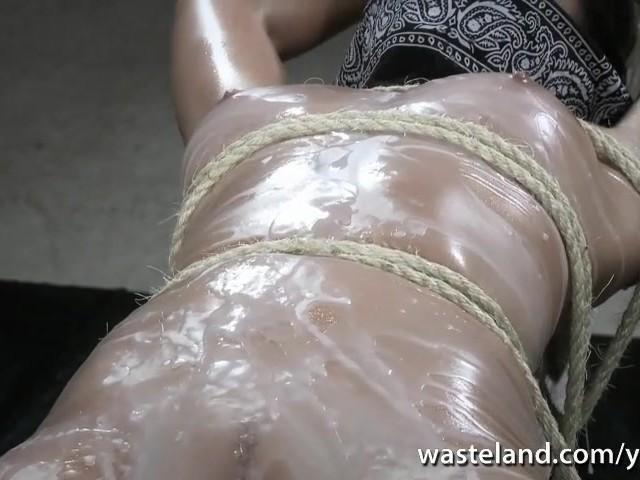 waxed-girl-nude