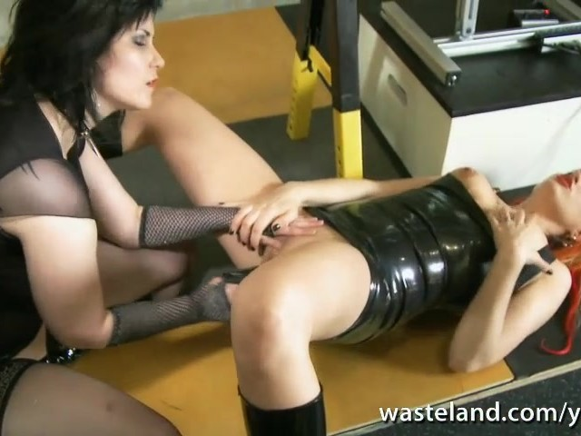 Lesbian Dominatrix Fucks Her Girlfriend With Sex Toys In -4069