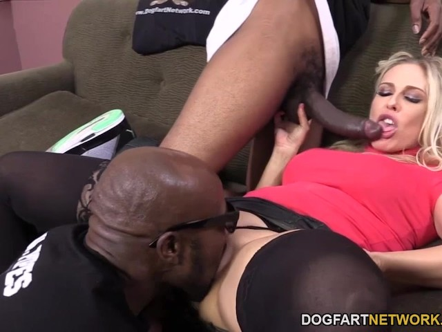 Stepmom angel allwood cockriding in trio 10