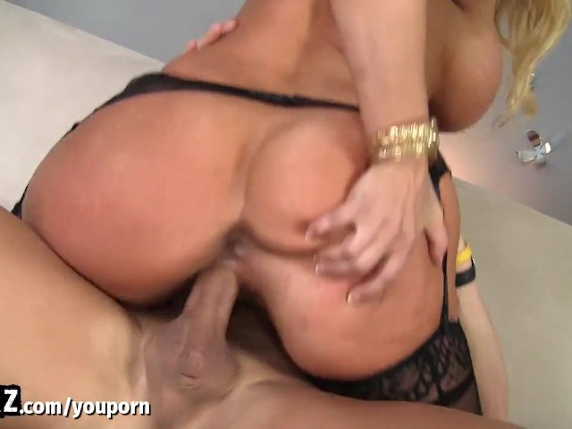 Hot busty boss makes maid eat her pussy