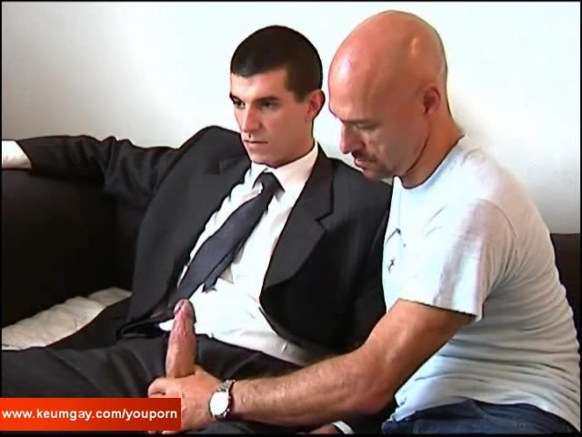 Watch Hungry Bear Massage Straight Client