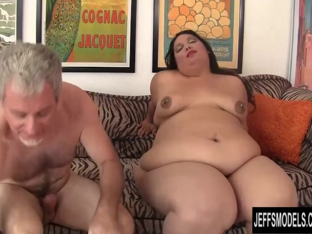 Big Ass Amateur Milf Riding