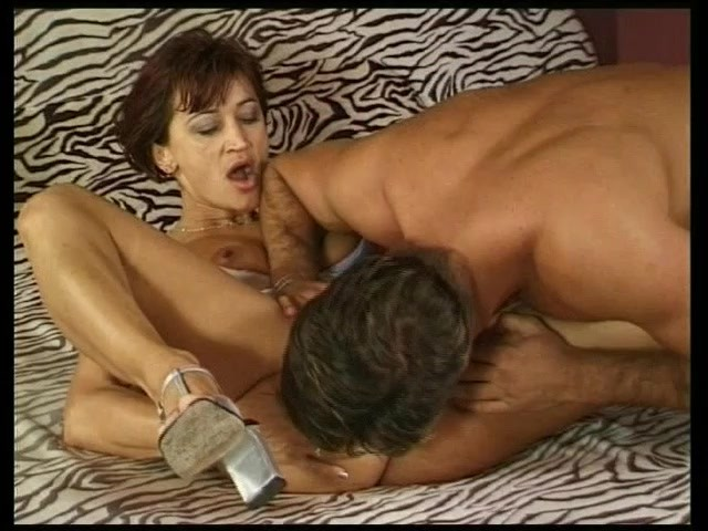 Busty Milf Loves to Suck - Julia Reaves