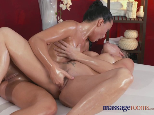 webcam pussy milf massage and fuck