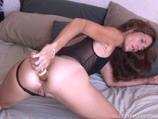 Super Sexy Slim Old Spunker Masturbates & Fucks the Cameraman - Free Porn  Videos - YouPorn