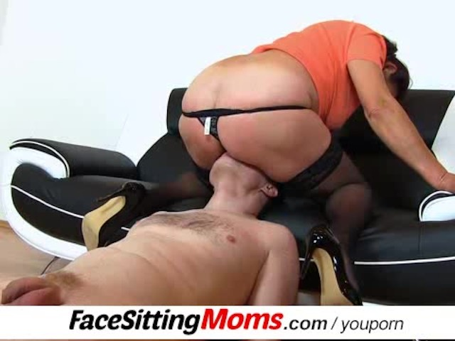 Dirty Gilf Linda Stockings And Face Sitting - Free Porn -3539