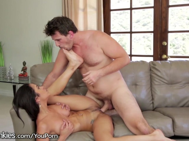 Manuel Ferrara Walks In On Teen Masturbating