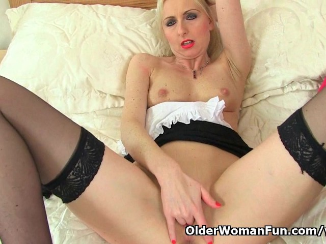 British milf Tracey Lain loves dildoing as a maid #298692