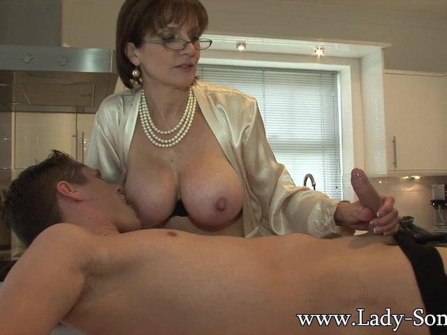 Lady Sonia Gives Young Worker Blowjob Facial Cumshot -4298