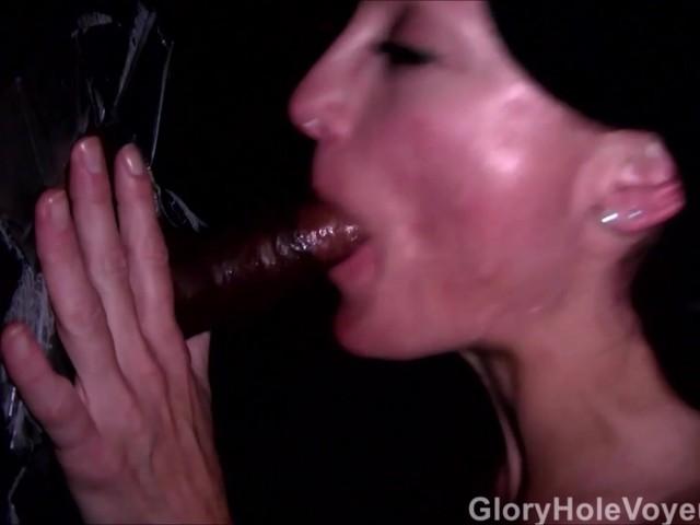 Black slut gloryhole