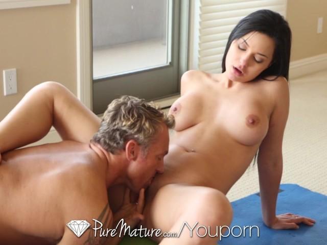Puremature jessyca wilson uses her yoga moves to fuck guy - 2 part 7