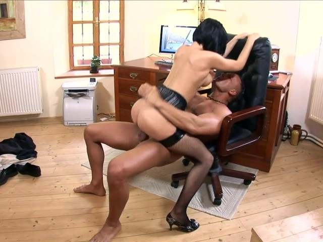 Older women and boy sex videos