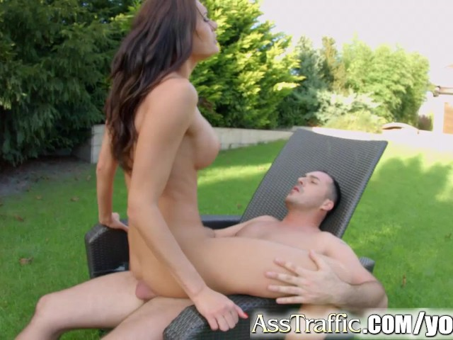 Ass traffic outdoor anal sex for big breasted chick 6