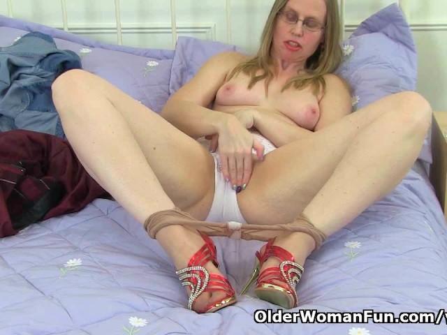 British Housewife Porn Videos