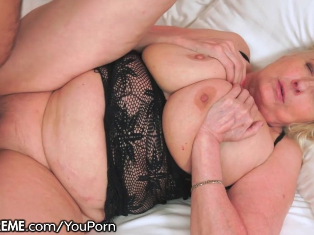 21sextreme granny likes em young - 2 1