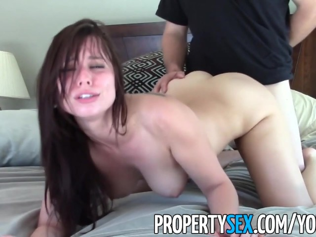 image Propertysex beautiful agent fucks home owner for signature