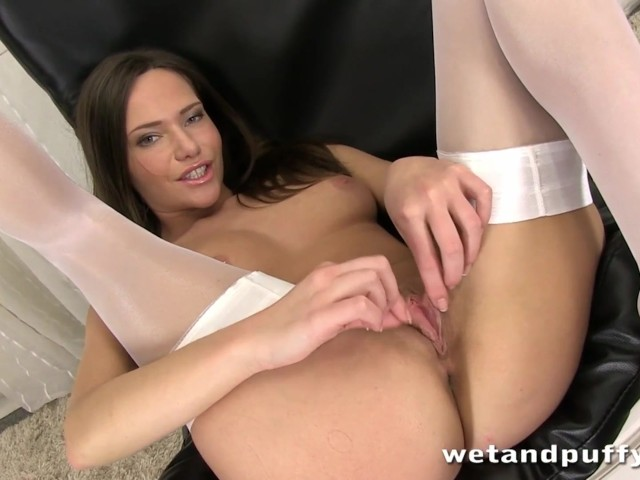 Hungarian Pussy 58