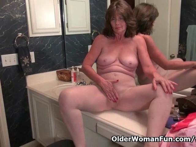 American granny porn-6079