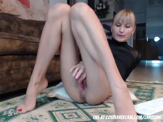 Horny Russian Whore Milf Trying To Earn Rent - Free Porn -2822