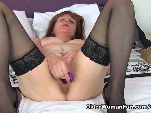 English gilf pandora peels off tights and tastes her pussy 8