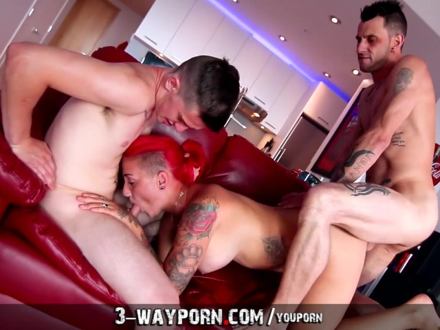 Amaeture drunk euro threesome porn