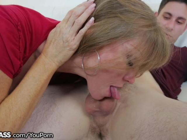 Mommy gives sonny pussy aged korean