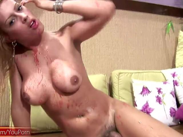 bleeding pussy porn video