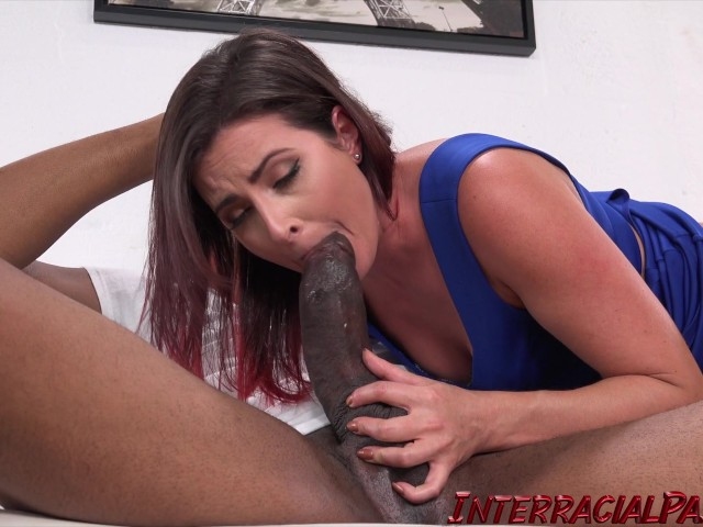 Very mature solo squirting