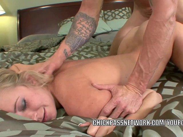 Teen skips school anal xxx blindfolded guy