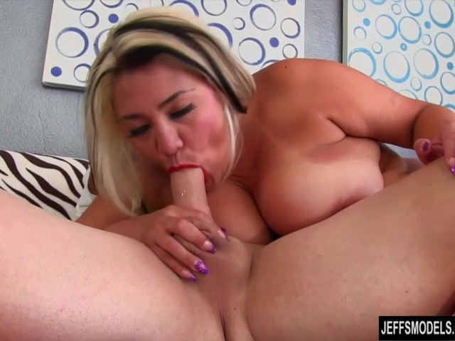chubby girls geting fucked