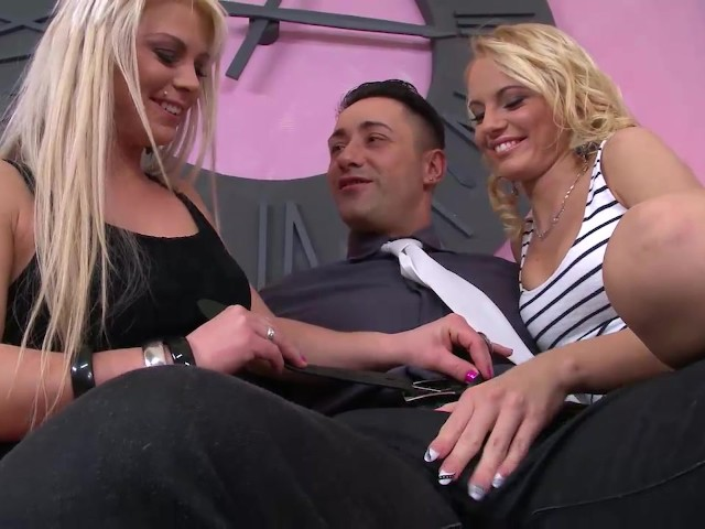 Slutty Babes Paid Their Rent With Blowjob and a Rimjob