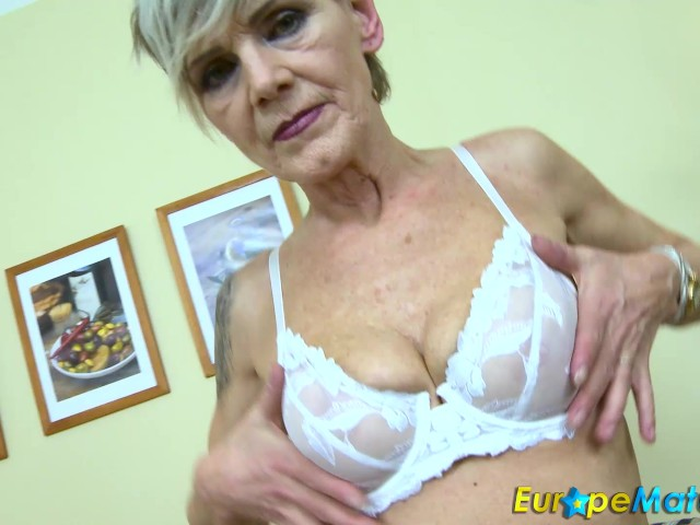 Europemature busty granny lacey has wet cunt 4