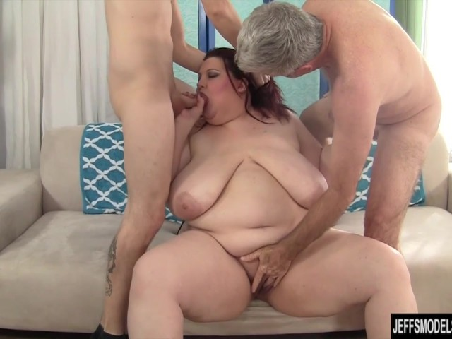 Double team of cocks fucking wife for huge creampie 7