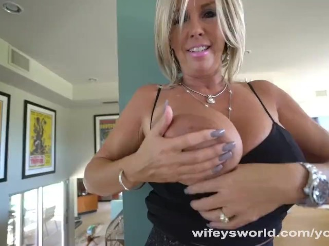 Free licking pussy sex video-6211