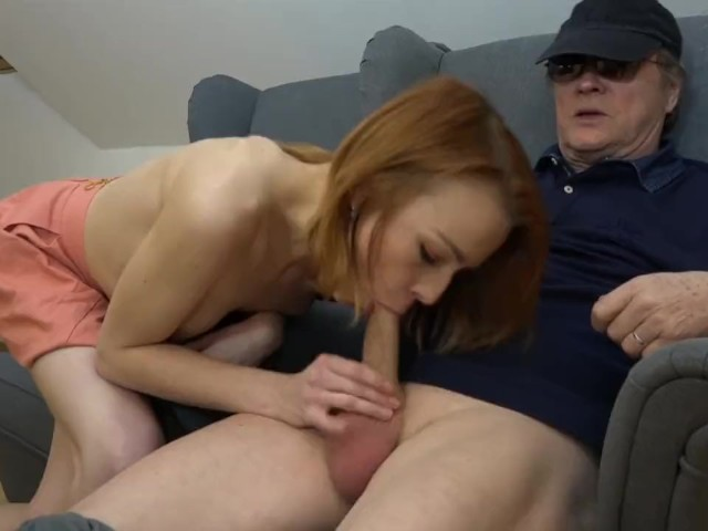 Un Barbat Matur Se Fute Cu O Prostituata Slaba