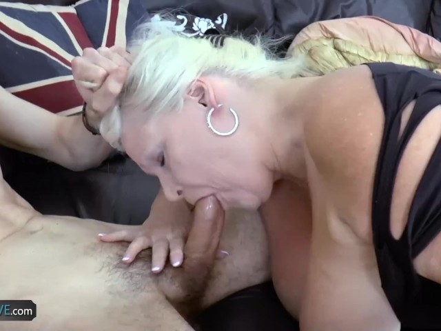 Agedlove mature lady hardcore fuck with handy guy 4