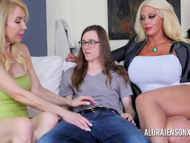 image Extrem skinny stepsister seduce to anal fuck by stepbro