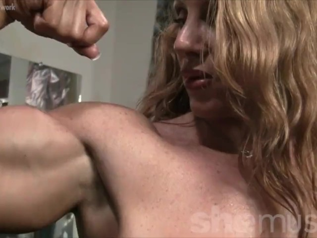 Naked Female Bodybuilder Sexy Red Headed Muscle - Gratis-4046