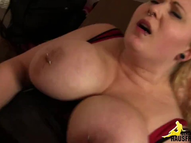 420 thick babe fucks herself amp cums twice 6