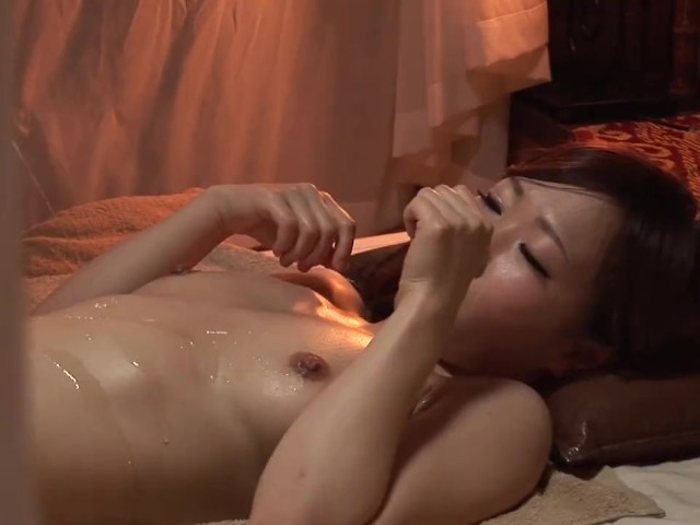 japanese woman oil massage